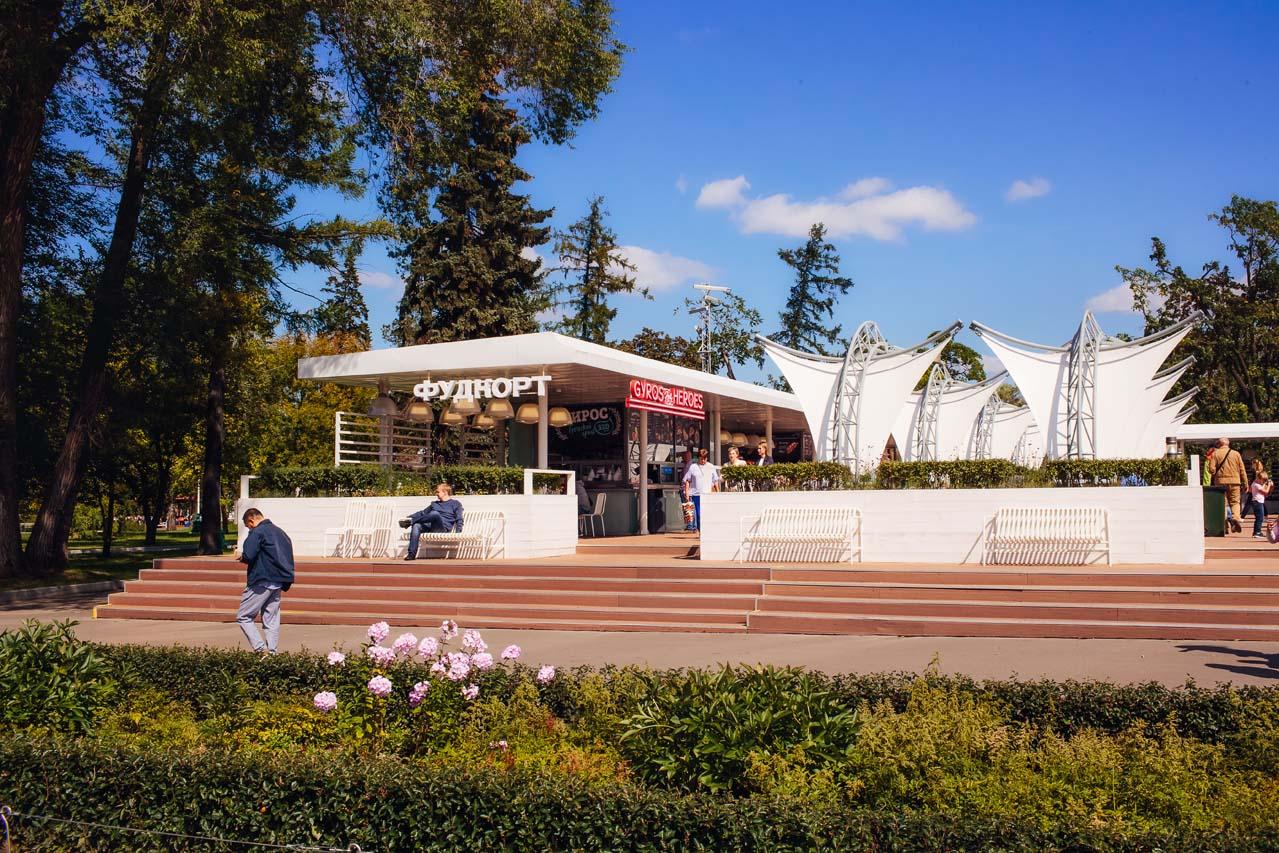 Применение массивной террасной доски из ДПК в общественных зонах